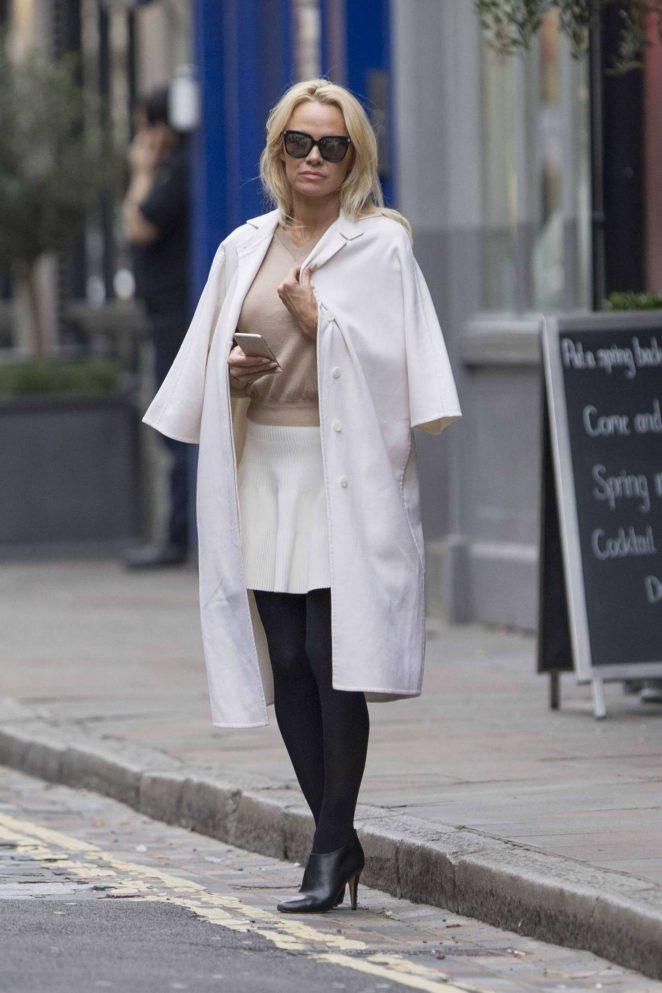 Pamela Anderson in White Skirt -04