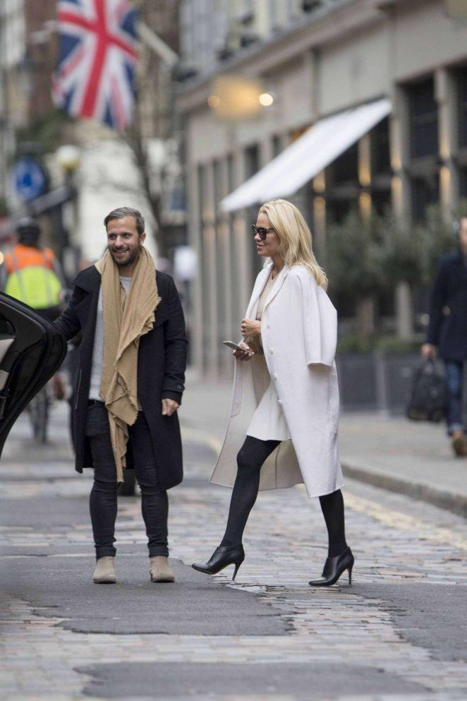 Pamela Anderson in White Skirt -06