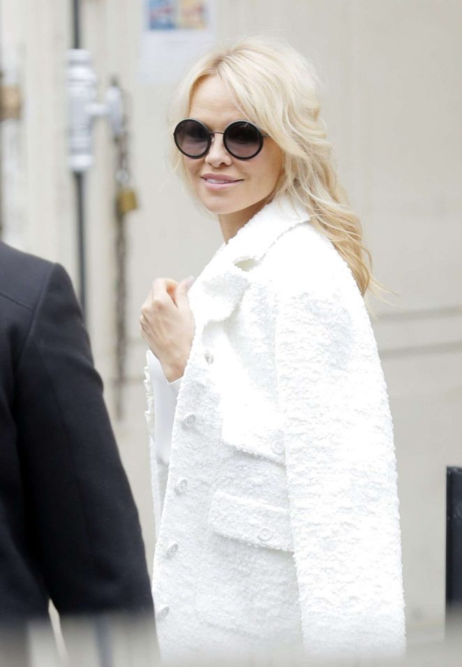 Pamela Anderson – Miu Miu Fashion Show in Paris