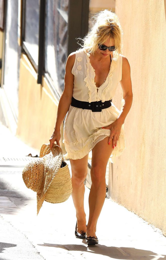 Pamela Anderson out in Saint Tropez