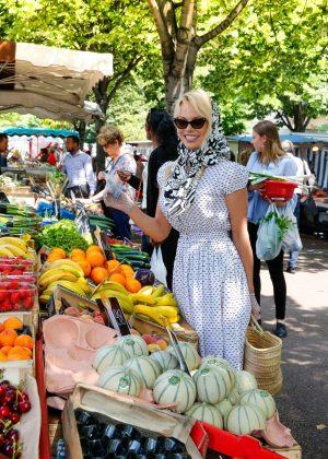 Pamela Anderson - Seen Out in Corniche-Kennedy Neighborhood in Marseille