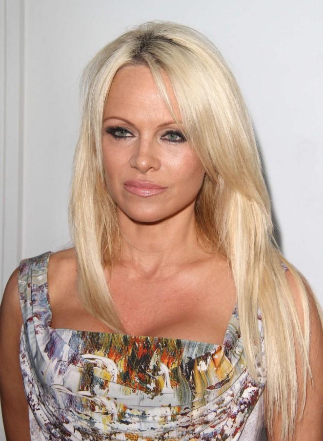 Pamela Anderson - The Hidden Heroes Gala For Animals in LA
