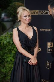 Pamela Anderson - UNFP Trophy Awards in Paris