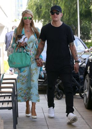 Paris Hilton and Chris Zylka out shopping in Beverly Hills