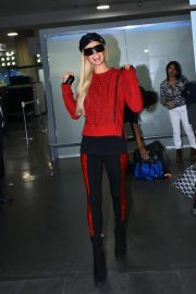 Paris Hilton - Arrives at Airport in Mexico City