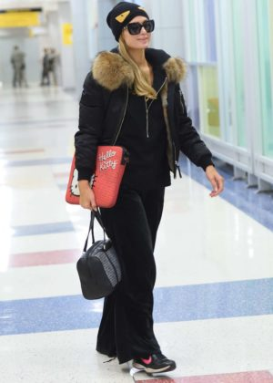 Paris Hilton - Arrives at JFK airport in New York City