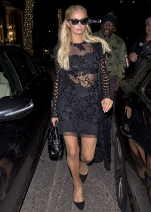 Paris Hilton - Arrives at Madeo Italian Restaurant in Beverly Hills