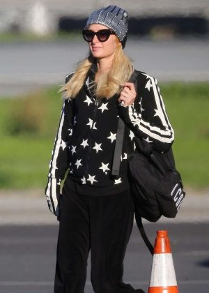 Paris Hilton - Arriving on a private jet in Van Nuys