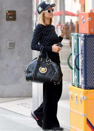 Paris Hilton at Boutique Cartier in Beverly Hills