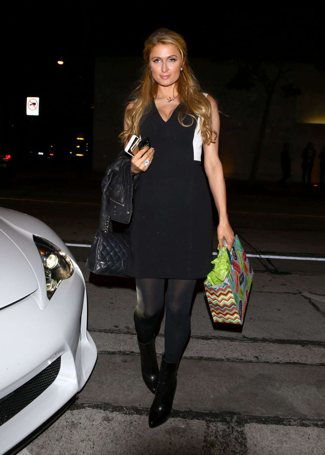 Paris Hilton In Black Dress At Craigs 01 Gotceleb