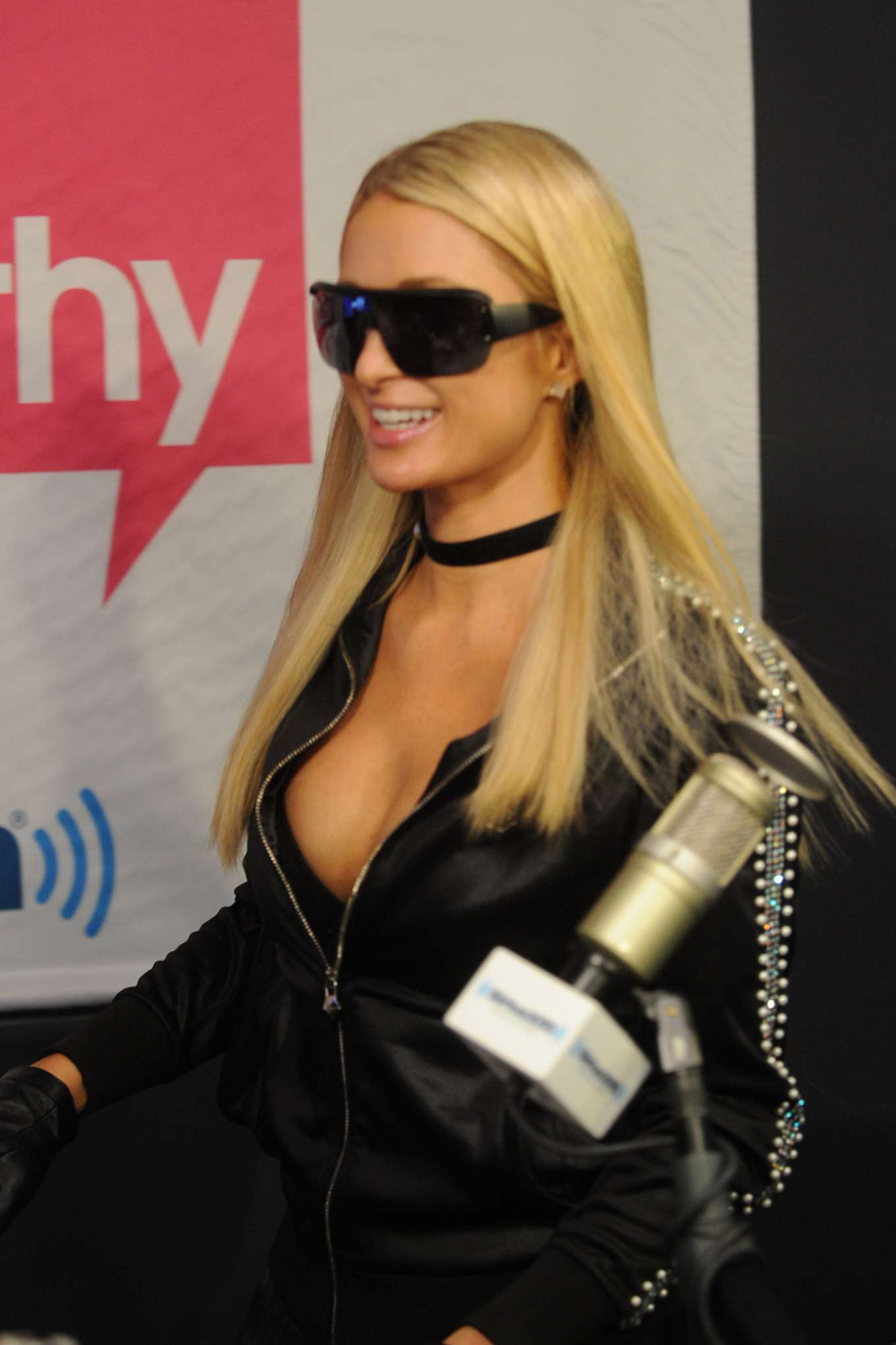 Paris Hilton - BEST FRIENDS AS. song promotion on the Jenny McCarthy Show on SiriusXM