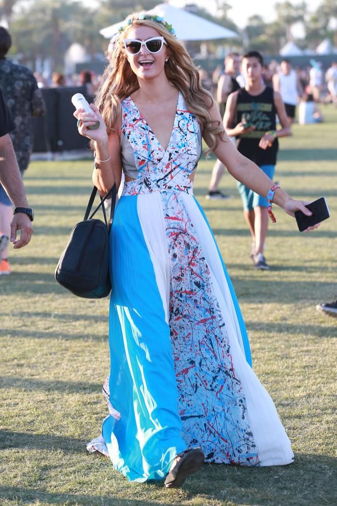 Paris Hilton - Coachella Valley Music and Arts Festival Day 3 in Indio