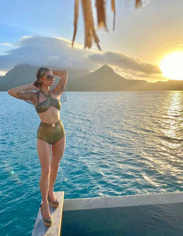 Paris Hilton - In a bikini On holiday at Four Seasons - Bora Bora