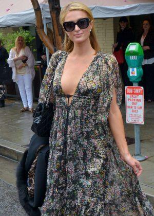 Paris Hilton - Leaving the Palm Restaurant in Beverly Hills