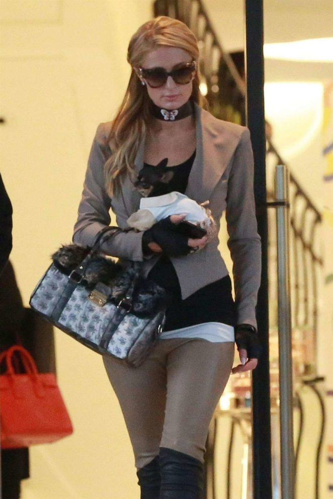 Paris Hilton - Shopping at Barneys New York in Beverly Hills