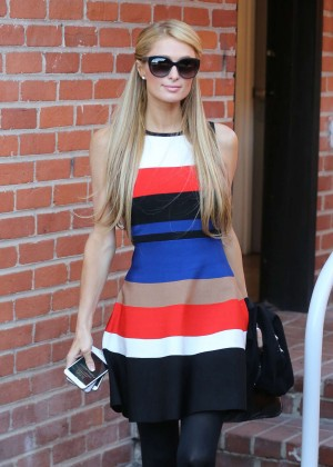 Paris Hilton - Shopping at Kyle By Alene Too in Beverly Hills