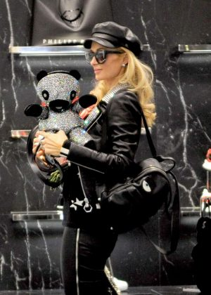 Paris Hilton - Shopping at Philipp Plein boutique in Milan