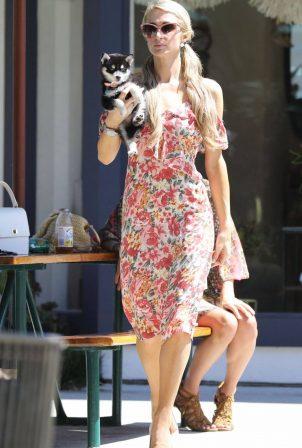 Paris Hilton - Shopping candids in Malibu