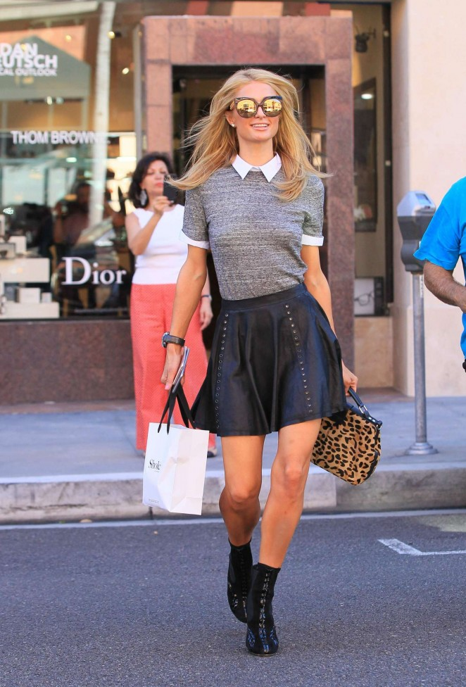 Paris Hilton – Shopping in Los Angeles