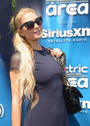 Paris Hilton - SiriusXM's 'UMF Radio' Broadcast Live From The SiriusXM Music Lounge in Miami