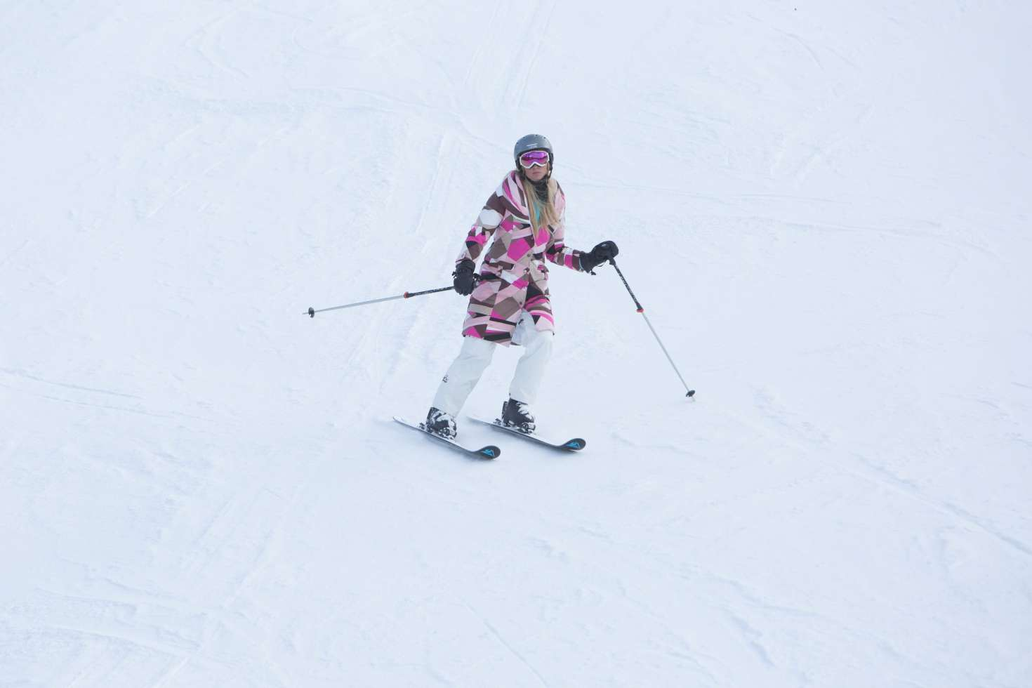 Paris Hilton 2016 : Paris Hilton Skiing in Aspen -16