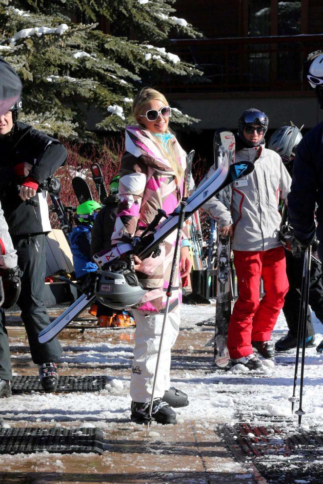 Paris Hilton Skiing in Aspen -18