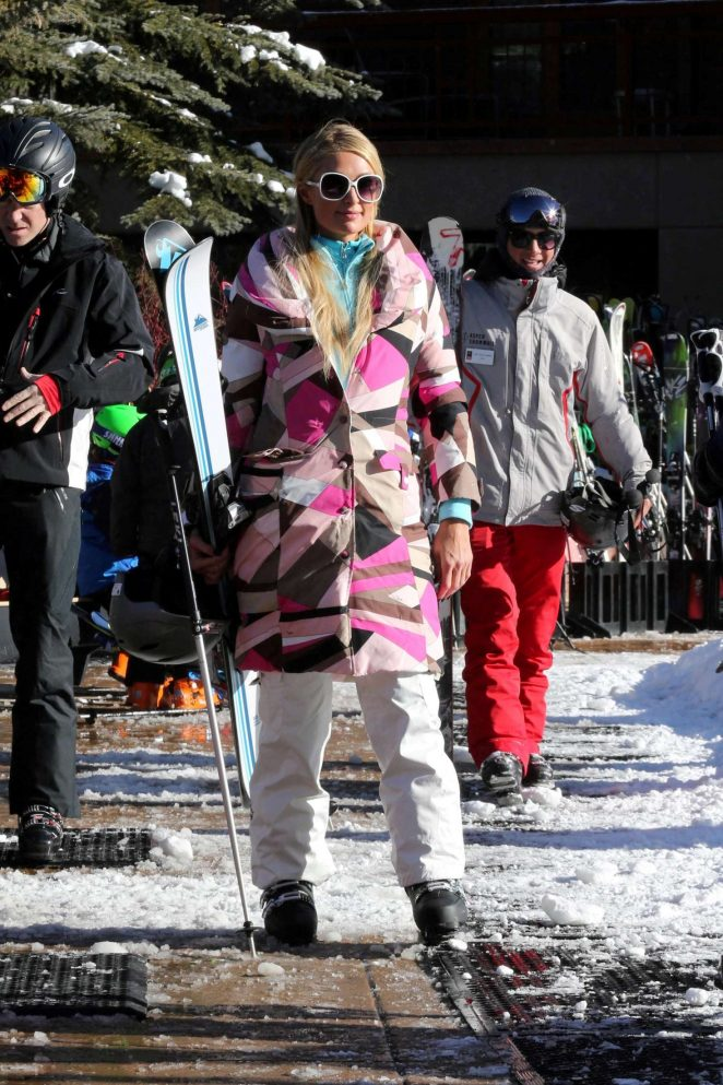 Paris Hilton Skiing in Aspen -19