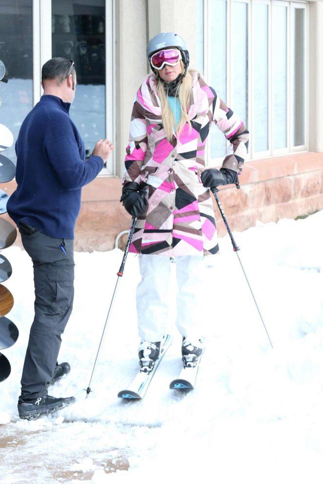 Paris Hilton Skiing in Aspen -38