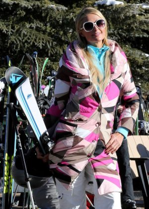 Paris Hilton Skiing in Aspen