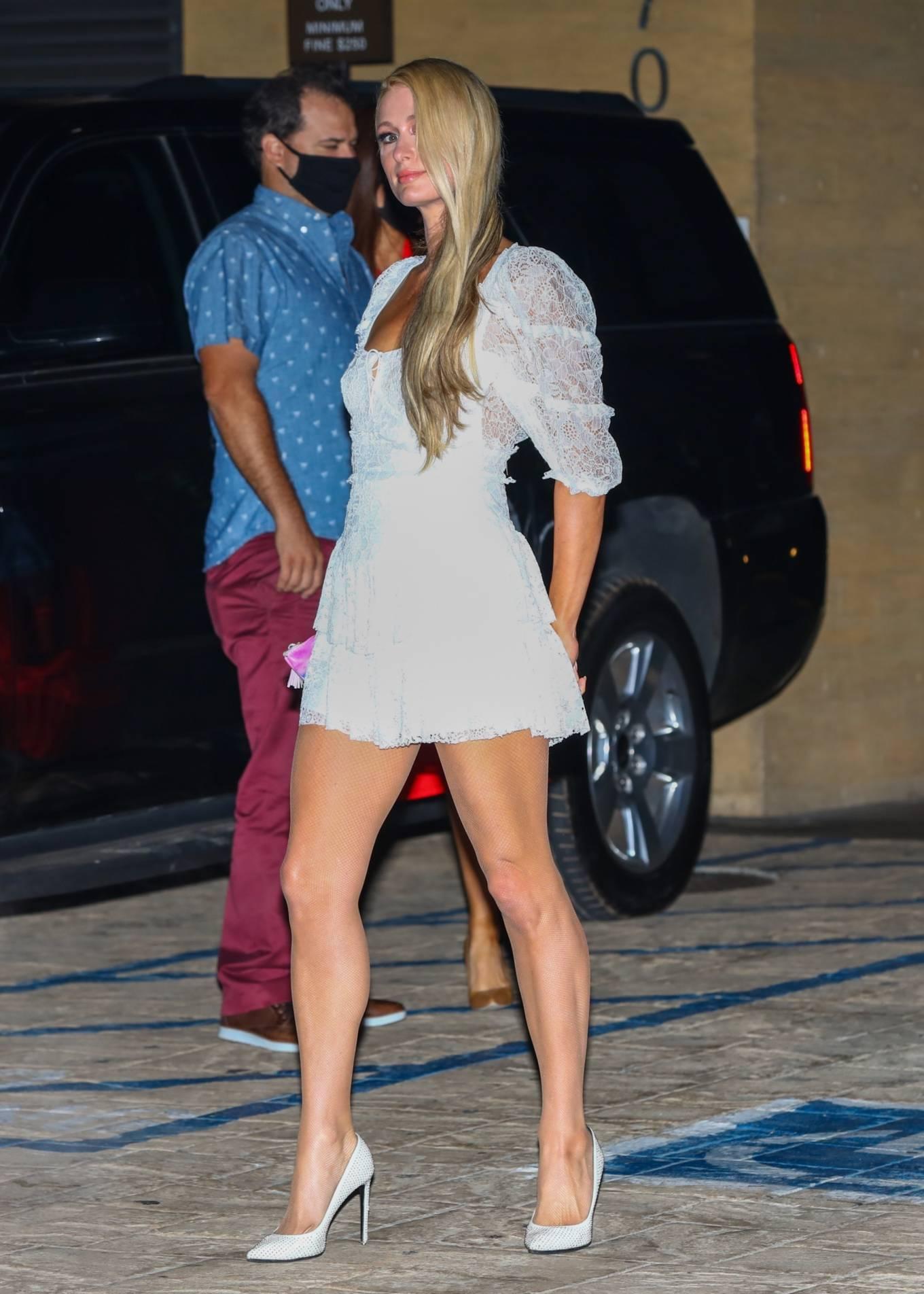 Paris Hilton 2020 : Paris Hilton – Spotted outside Nobu in Malibu-12