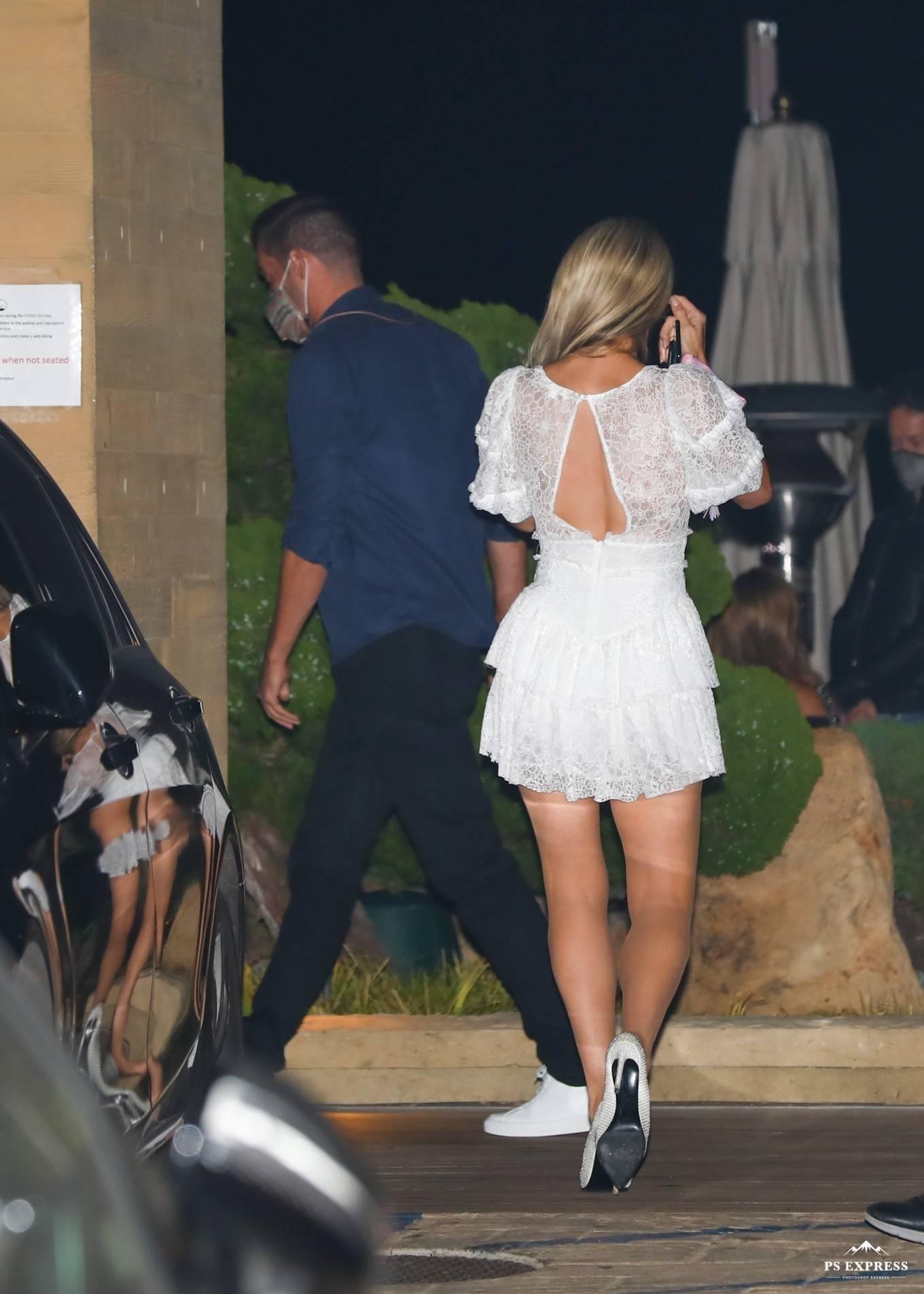 Paris Hilton 2020 : Paris Hilton – Spotted outside Nobu in Malibu-13