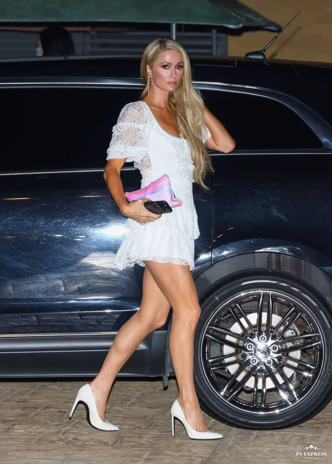 Paris Hilton 2020 : Paris Hilton – Spotted outside Nobu in Malibu-25