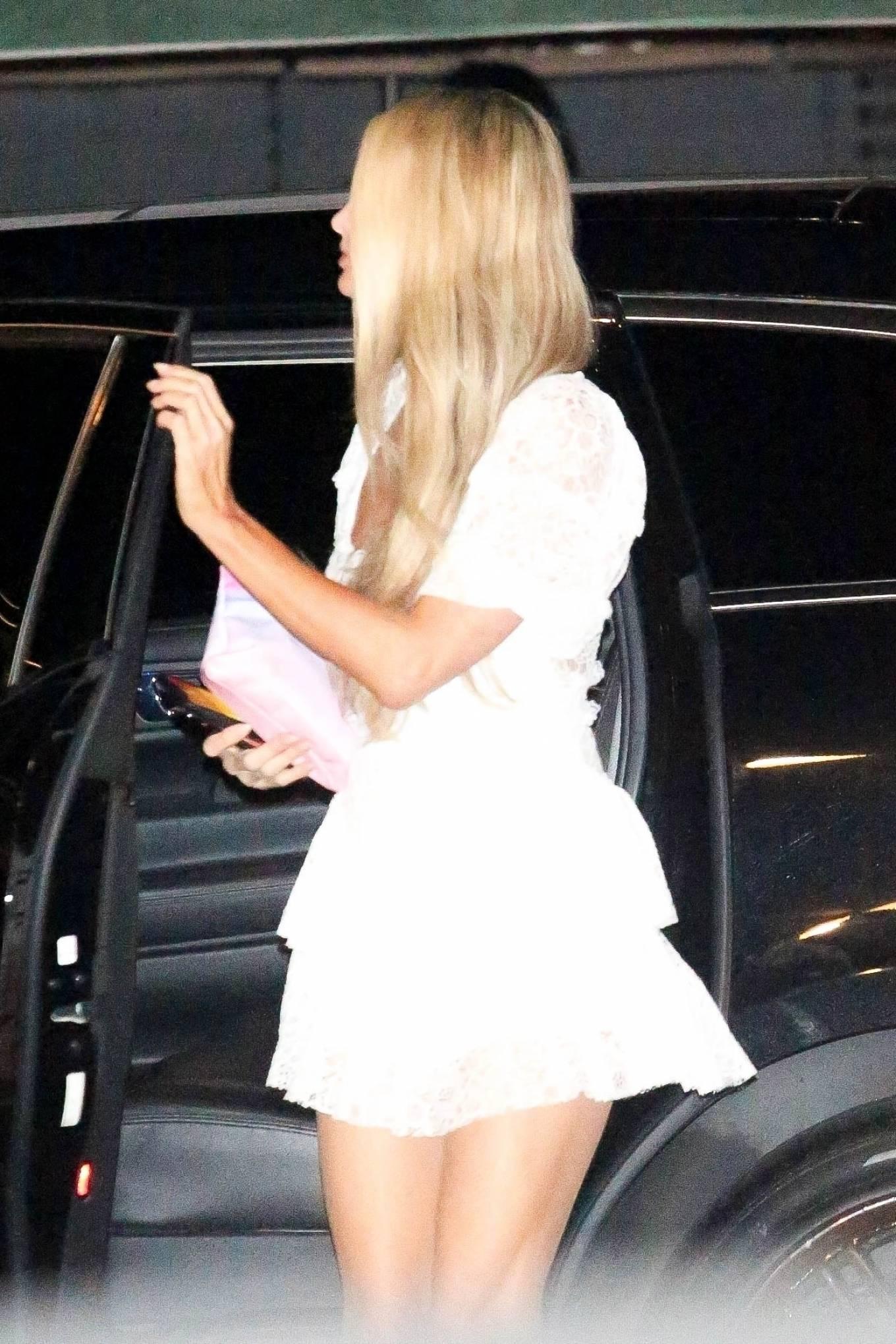 Paris Hilton 2020 : Paris Hilton – Spotted outside Nobu in Malibu-29