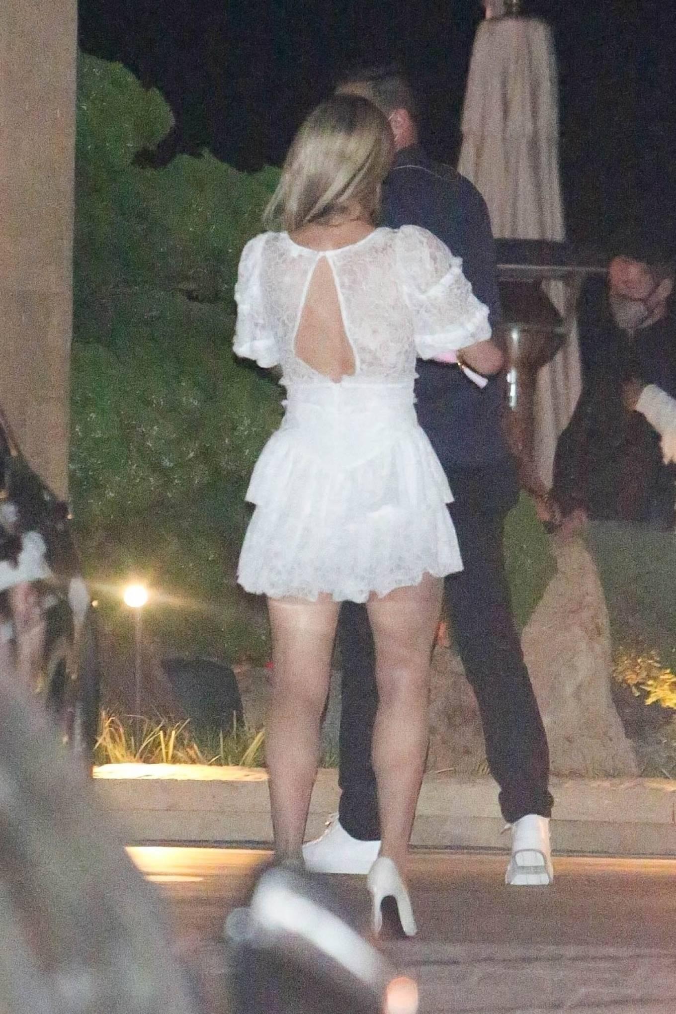 Paris Hilton 2020 : Paris Hilton – Spotted outside Nobu in Malibu-32