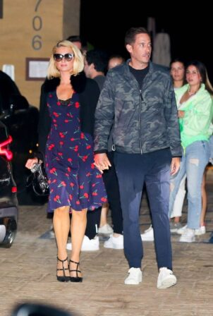 Paris Hilton - With Carter Reum on a dinner date at Nobu in Malibu