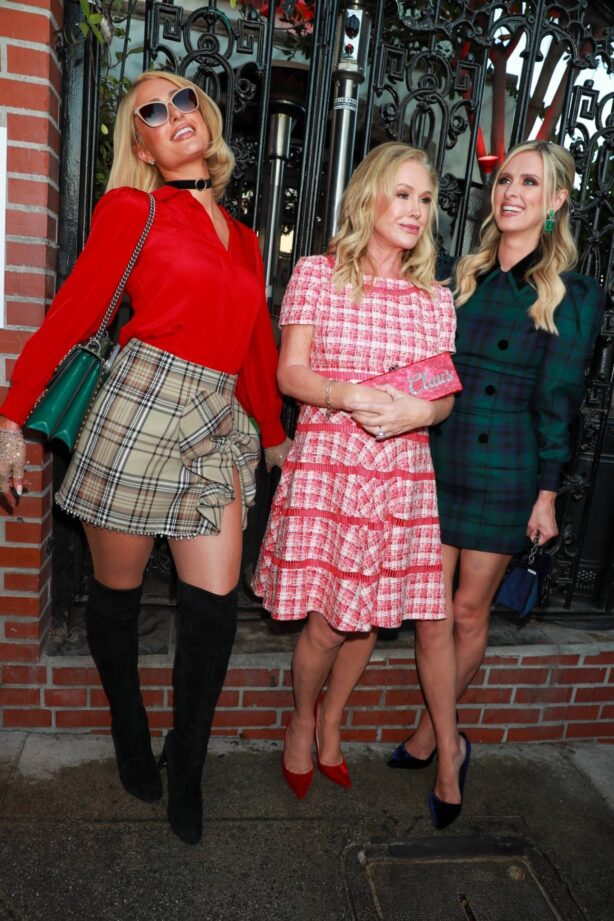 Paris Hilton - With Nicky and Katy  hosts of the 16 annual Christmas charity event