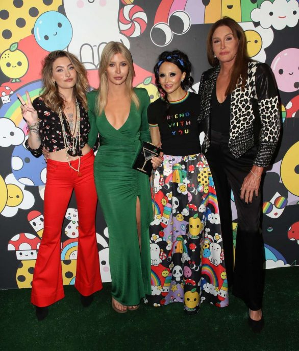 Paris Jackson 2019 : Paris Jackson – alice + olivia by Stacey Bendet x FriendsWithYou Collection-04
