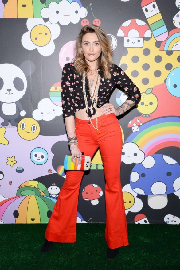 Paris Jackson 2019 : Paris Jackson – alice + olivia by Stacey Bendet x FriendsWithYou Collection-14