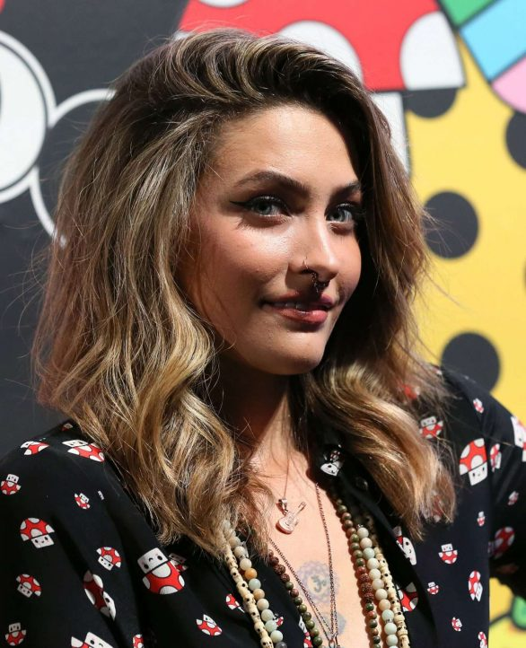Paris Jackson 2019 : Paris Jackson – alice + olivia by Stacey Bendet x FriendsWithYou Collection-30