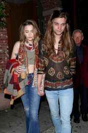 Paris Jackson and Gabriel Glenn - Leaves Good times at Daveys Wayne's bar in Hollywood