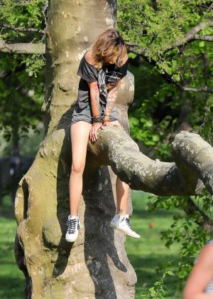 Paris Jackson in Jeans Shorts in Central Park