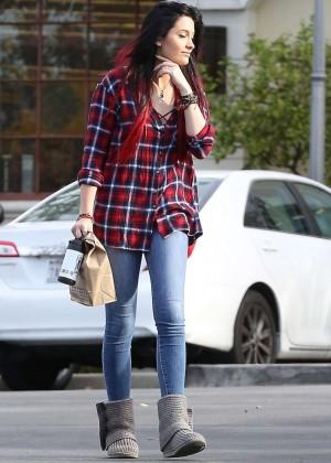 Paris Jackson in Tight Jeans -03