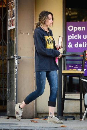 Paris Jackson - Leaves a tattoo parlor in West Hollywood