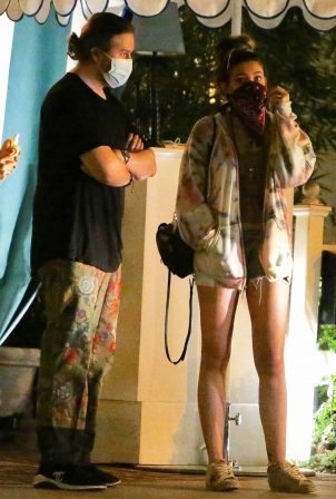 Paris Jackson - leaves dinner at San Vicente Bungalow in West Hollywood