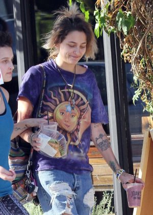 Paris Jackson out for lunch at Joan's On Third in Studio City