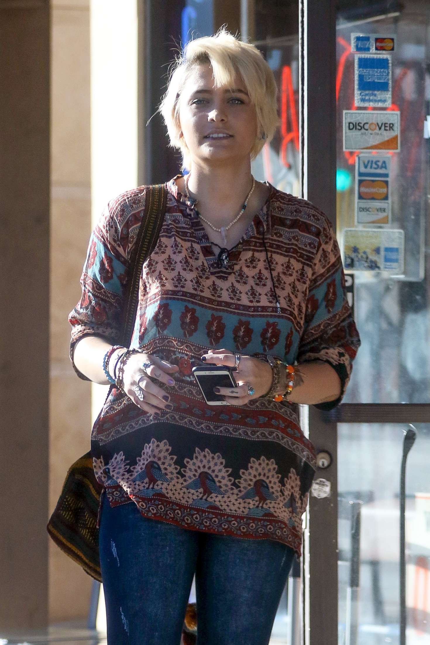 Paris jackson visits a tattoo shop in los angeles for Tattoo shops in katy