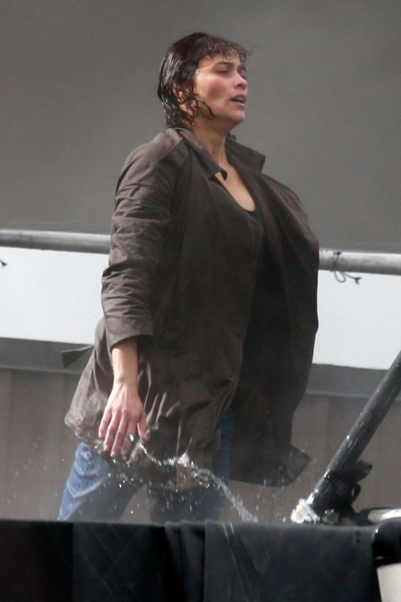 Paula Patton - Filming 'Spmwhere Between' set in Vancouver