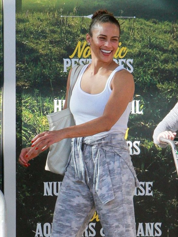 Paula Patton - Out and about in Calabasas