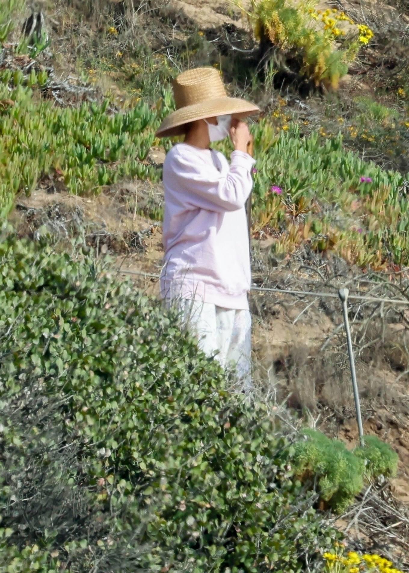 Paula Patton 2021 : Paula Patton – Seen at Point Dume in Malibu-01