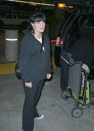 Pauley Perrette Arrives at LAX Airport in Los Angeles